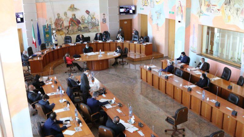 Emergenza Covid-19 al centro della seduta del Consiglio comunale di Cosenza