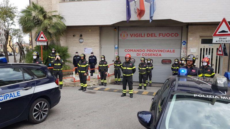 Cosenza, i vigili urbani ricordano il vigile del fuoco Bonaventura Ferri