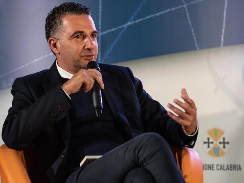 """Greco (IDM), caos Azienda Ospedaliera Cosenza: """"la colpa non è della Panizzoli ma di chi l'ha nominata"""""""