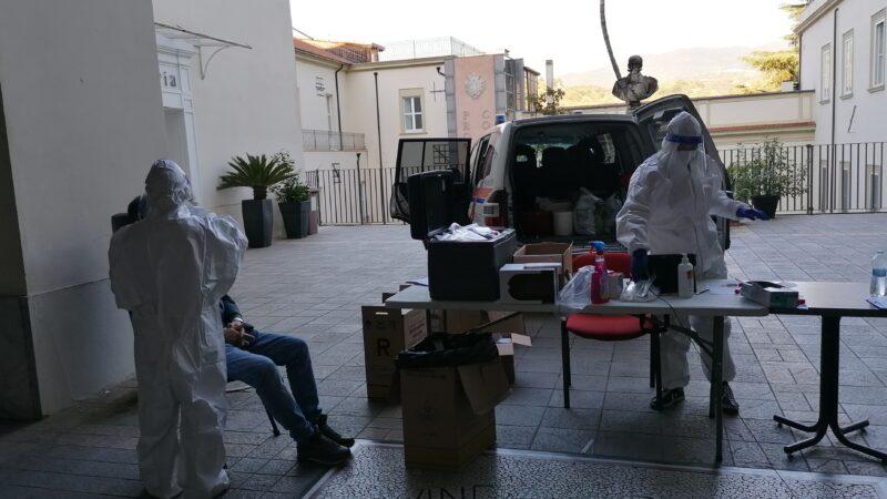 Cosenza, Iacucci: Tamponi ai dipendenti della Provincia