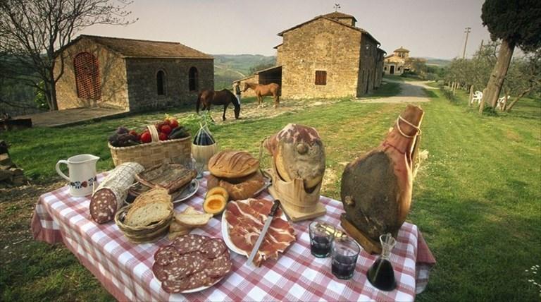 Coldiretti i ristori il bonus Made in Italy anche ad agriturismo e ittoturismi