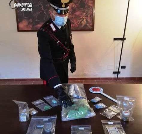Cosenza: i carabinieri arrestano 25enne per detenzione ai fini di spaccio di sostanze stupefacenti