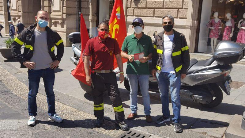 Nella giornata odierna USB Vigili del Fuoco Calabria è scesa in piazza