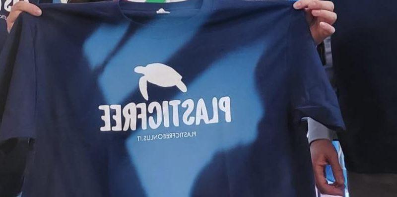 Plastic Free ancora in azione in occasione della prima data regionale per la Calabria