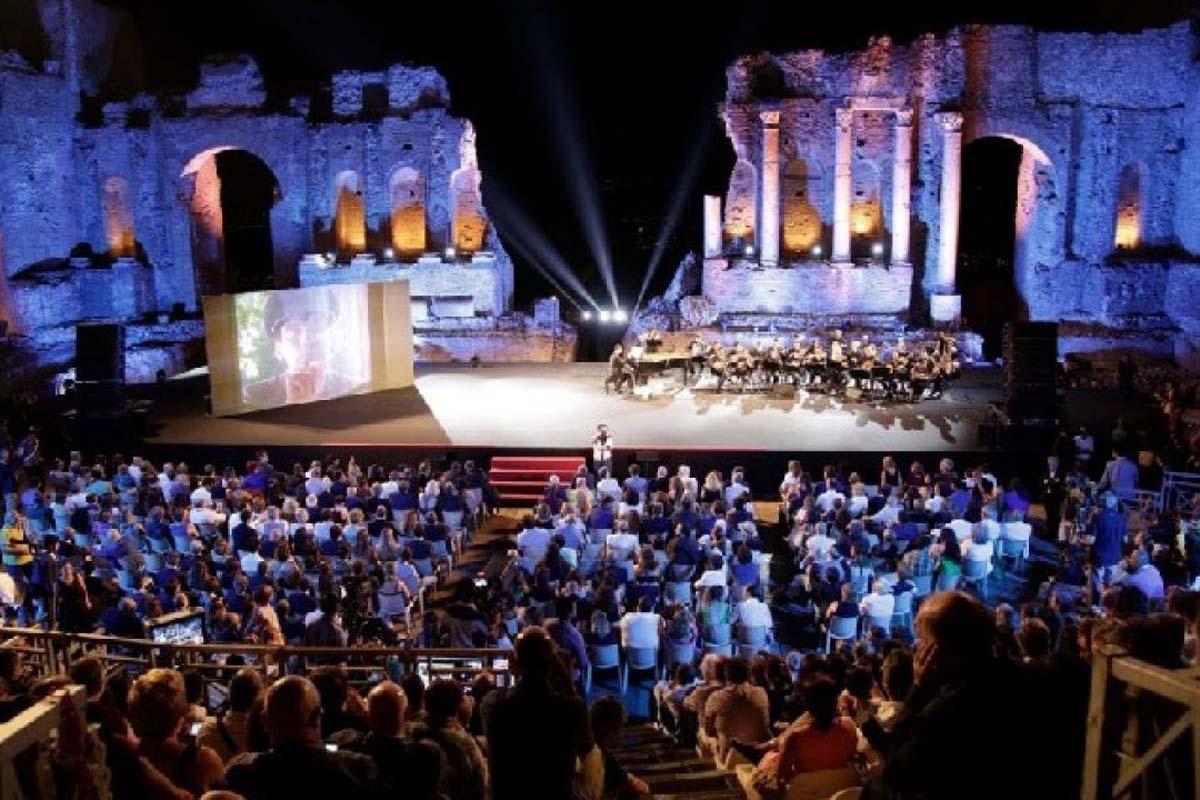 Assegnati i premi del Taormina Film Fest firmati da Michele Affidato
