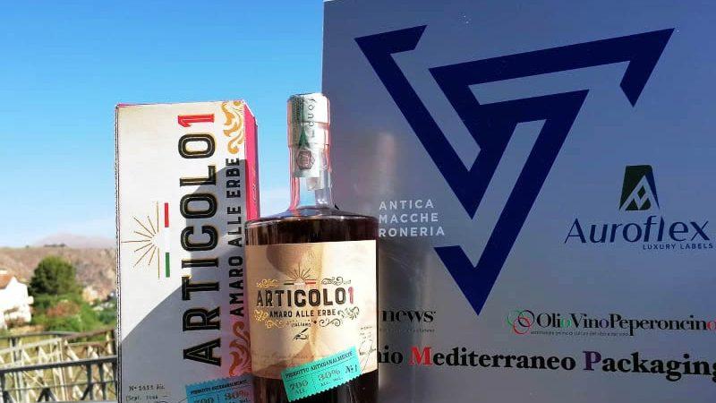 """L'amaro calabrese """"Articolo1"""" vince il Premio Mediterraneo Packaging"""