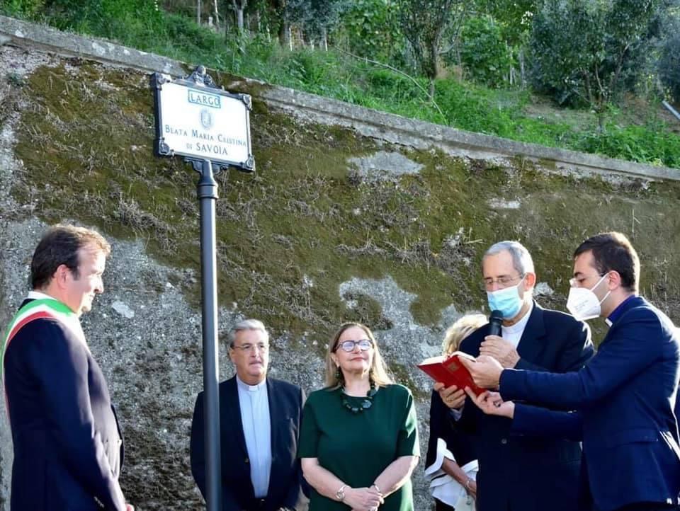 Intitolato, alla presenza del sindaco Occhiuto, Largo Beata Maria Cristina di Savoia