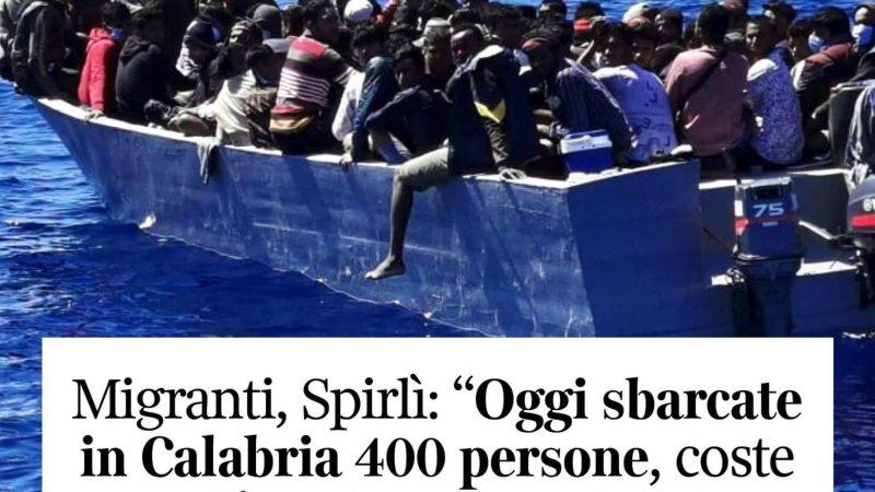 Migranti: coste della Calabria sono prese d'assalto