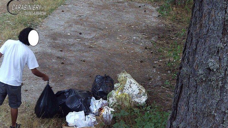 Abbandono rifiuti: scattano le sanzioni per i trasgressori