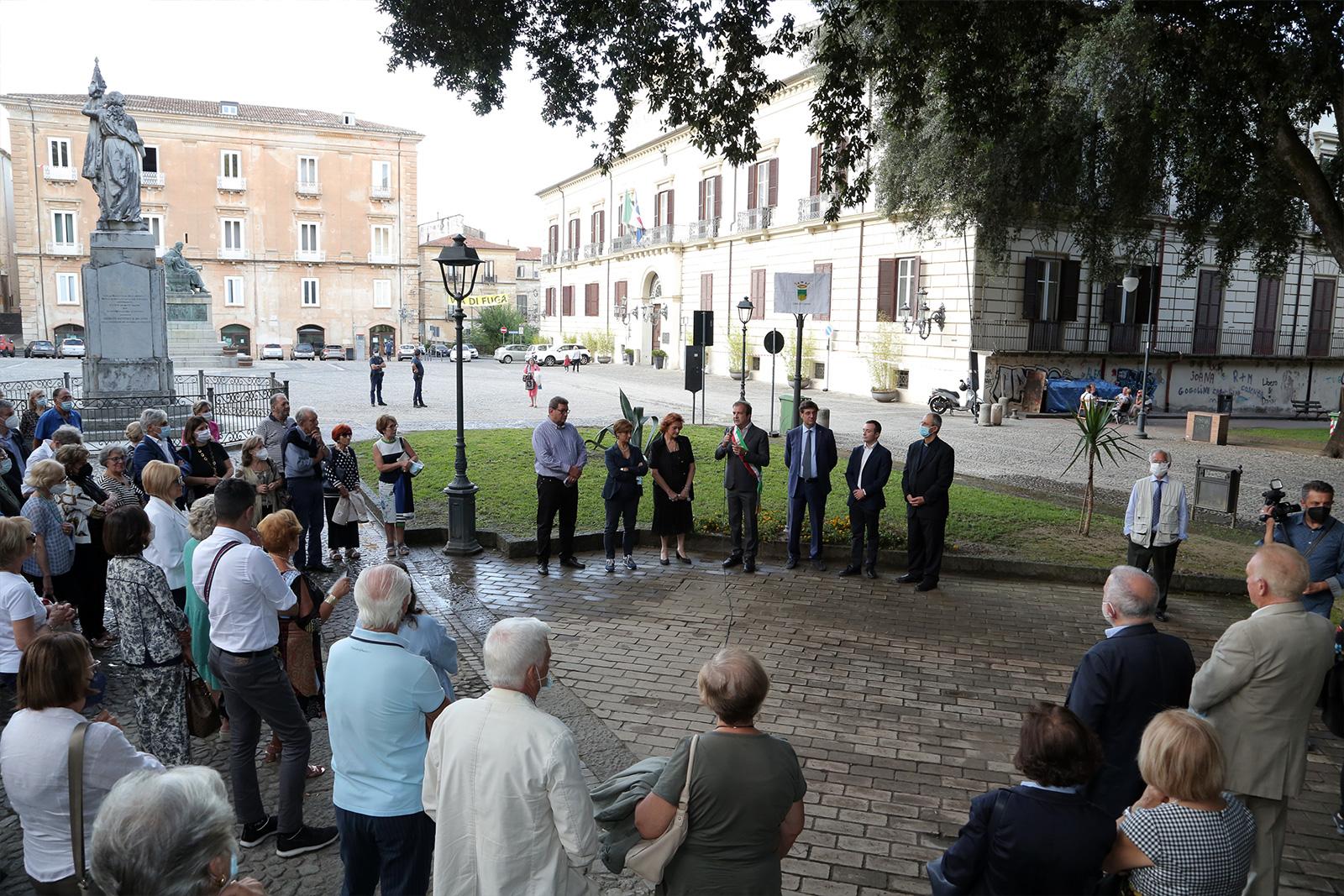 Cosenza omaggia lo storico e scrittore Coriolano Martirano intitolandogli una piazza nel centro storico