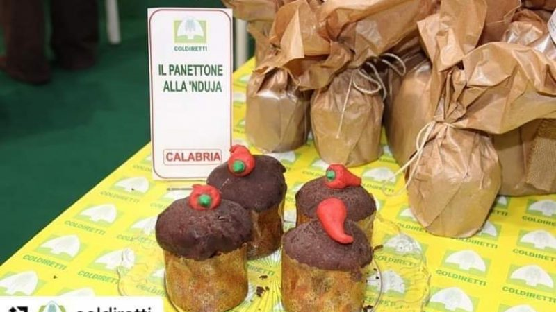 A Tuttofood alla fiera di Milano il Pandujotto calabrese incuriosisce ed è molto apprezzato dai visitatori
